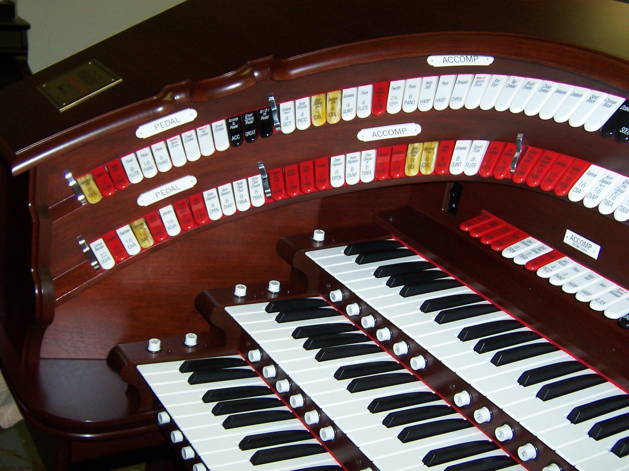 Theater organ designed by Lynn Larsen–Private Residence